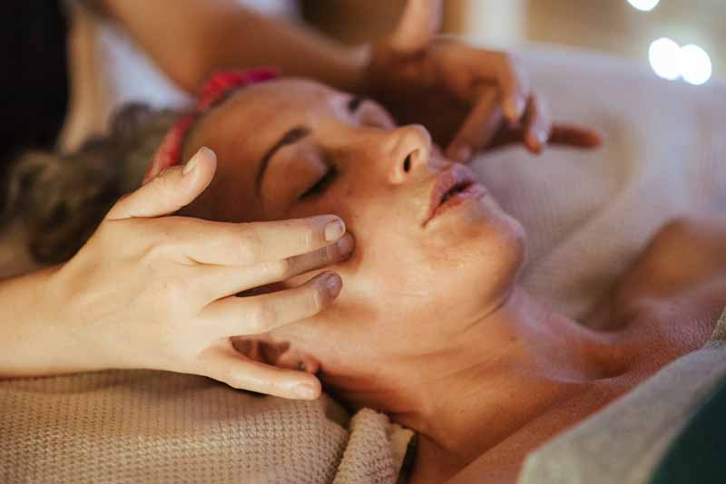 Tandem Massage for Relaxation – Benefits, Price, and more