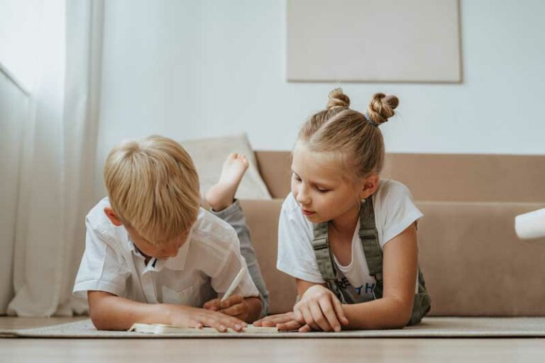 How Do You Encourage Sibling Relationship? Tips and Advice for Parents
